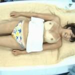 巨乳素人娘をマジックミラー号の中でエロマッサージから寝取って妊娠させるつもりで中出しw