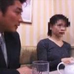 ショートヘア美人奥様の綺麗な顔に3本連続ザーメン顔射!