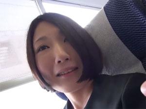 32歳人妻和佳 人見知り奥様の不倫温泉ハメ撮り旅行