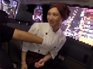 オ○ジン弁当アルバイト美少女JKが休憩中にフェラチオ