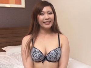 33歳大阪在住のバツイチ子持ちのパイパン熟女