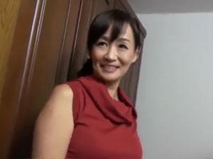 46歳笹川蓉子 剛毛マダムの久しぶりのオチンポを味わう!