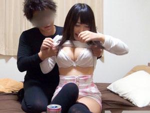 巨乳セールスレディを自宅に連れ込みセックス隠し撮り!
