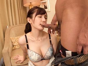 杏樹 24歳 ラウンジでバイト