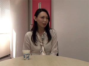 松川薫子(48歳) 時間を持て余した熟女が刺激を求めてAV出演