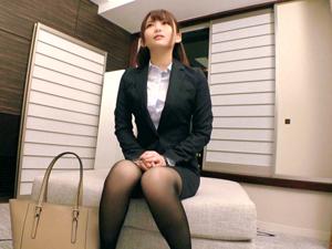スーツ着たまま複数の男に犯されたい変態会社員るい(24歳)