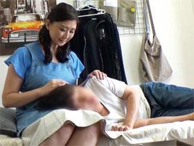 まゆみ46歳 「おばさんレンタル」サービスでやってきた熟女を口説いたら…